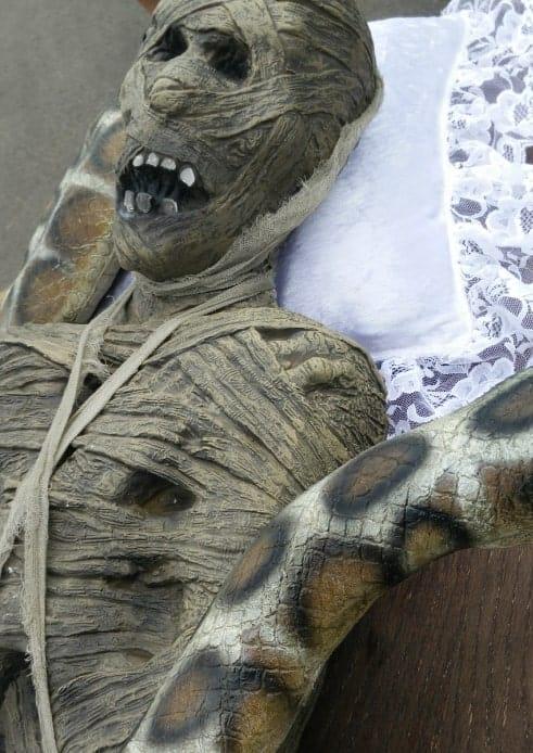 Dead Mummy Returns