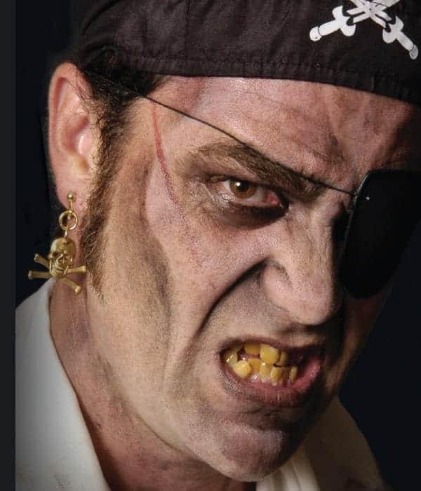 pirate-makeup-tips-and-tricks