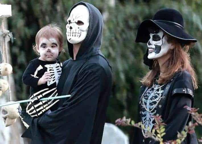 Ryan Gosling's family Halloween costume