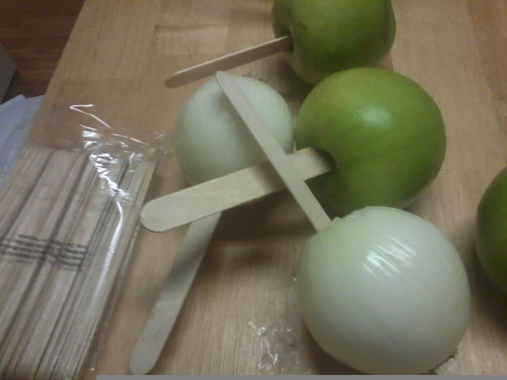 Toffee apple onion prank