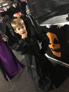 headless-boy-costume